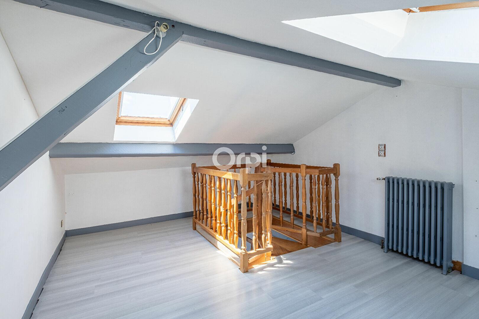 Appartement à louer 4 94.05m2 à Limoges vignette-9