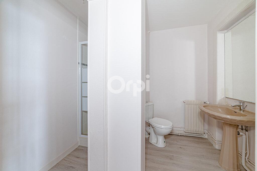 Appartement à louer 4 120m2 à Limoges vignette-6