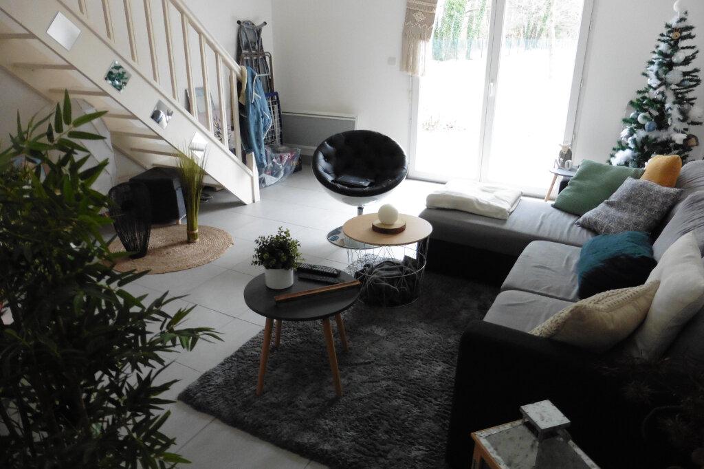 Maison à louer 3 63.61m2 à Limoges vignette-1
