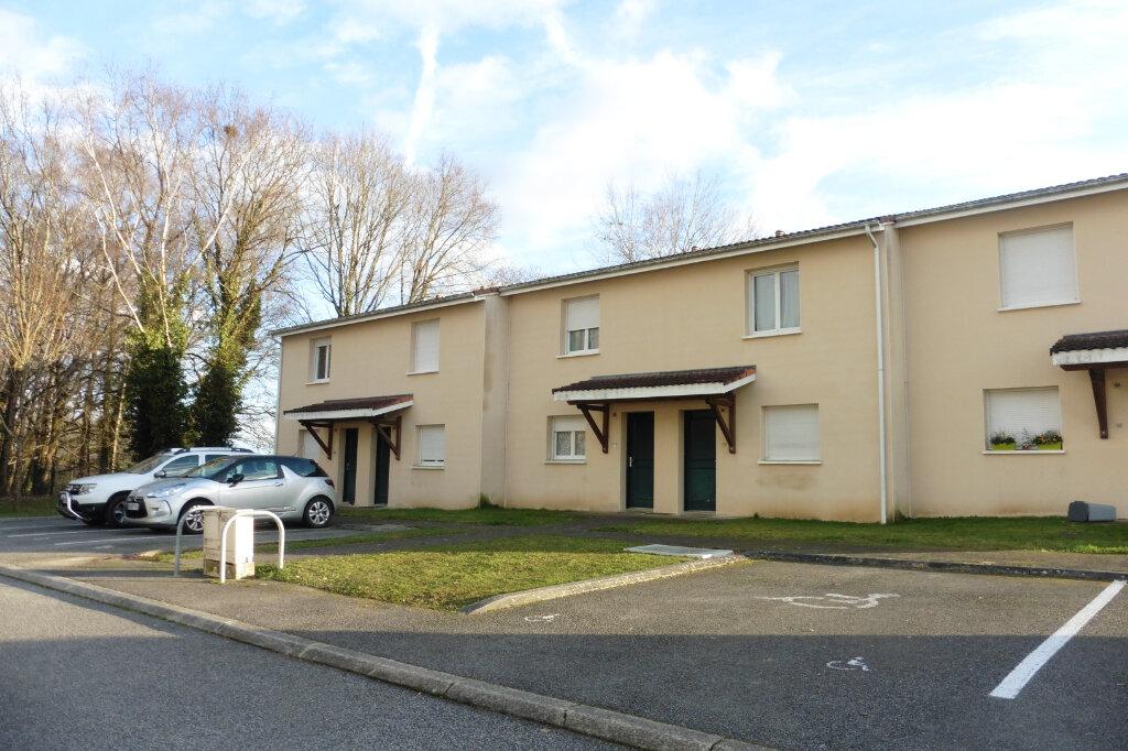Maison à louer 3 63.61m2 à Limoges vignette-2