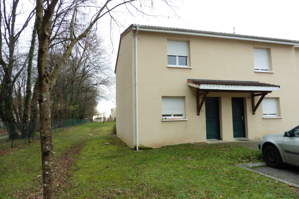 Maison à louer 3 63.61m2 à Limoges vignette-3