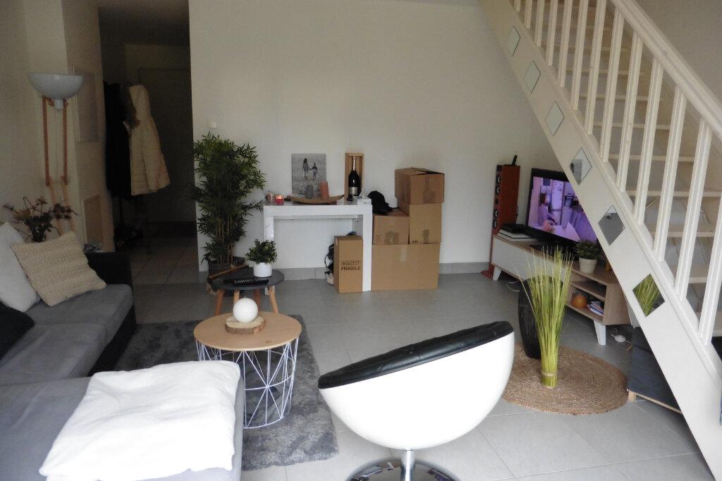 Maison à louer 3 63.61m2 à Limoges vignette-4
