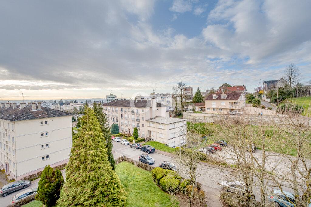 Appartement à vendre 4 70.52m2 à Limoges vignette-3