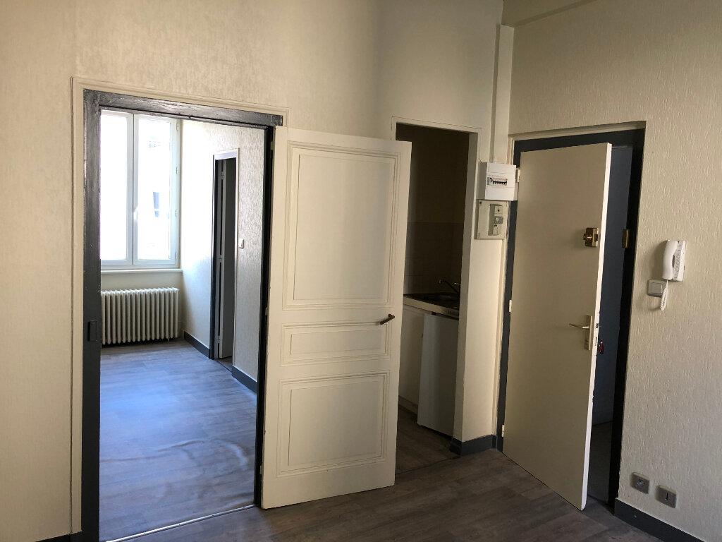 Appartement à louer 2 24.01m2 à Limoges vignette-2
