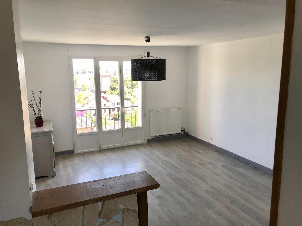 Appartement à louer 3 62.53m2 à Limoges vignette-1