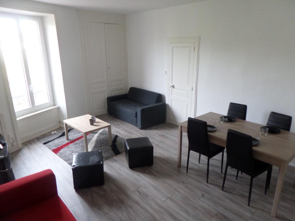Appartement à louer 3 83.47m2 à Limoges vignette-2