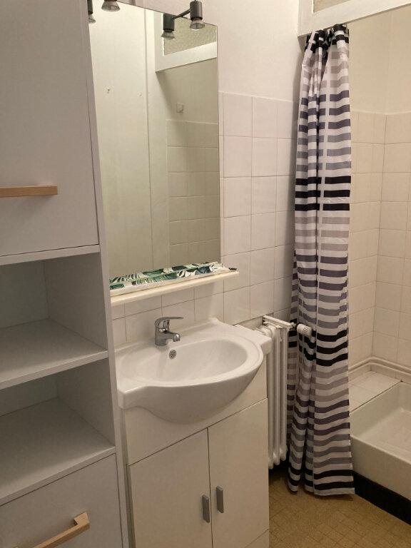 Appartement à louer 1 22.95m2 à Limoges vignette-4