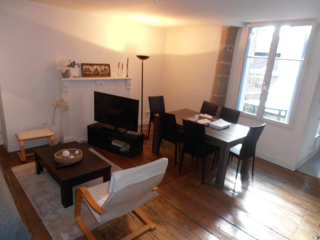 Appartement à louer 4 88m2 à Limoges vignette-4