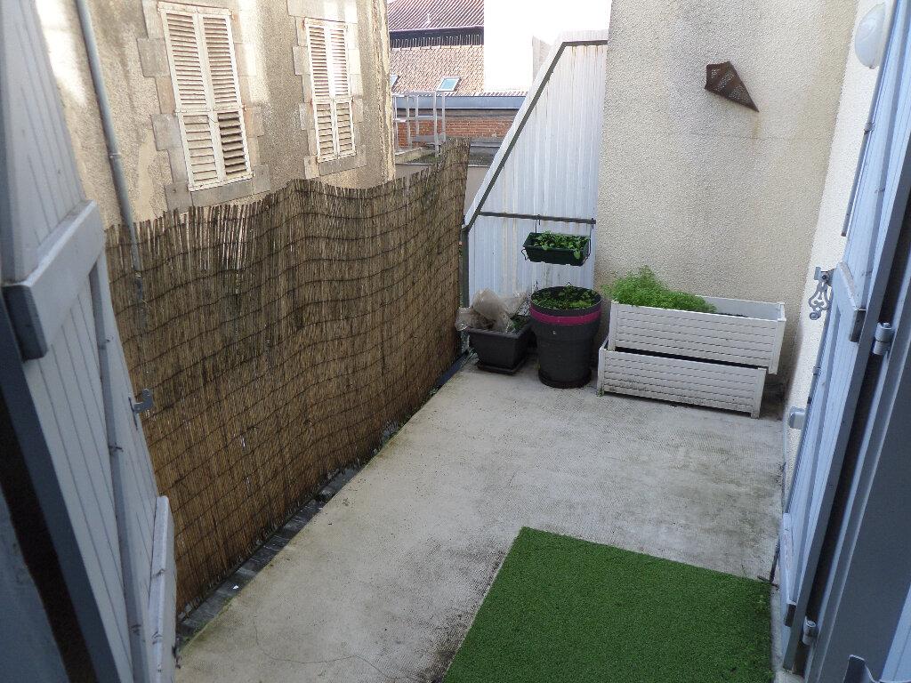 Appartement à louer 4 88m2 à Limoges vignette-6