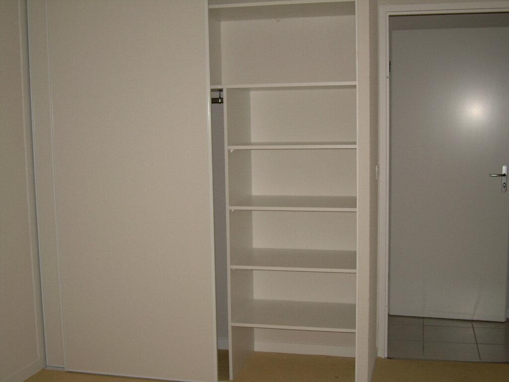 Appartement à louer 3 62.76m2 à Soustons vignette-11