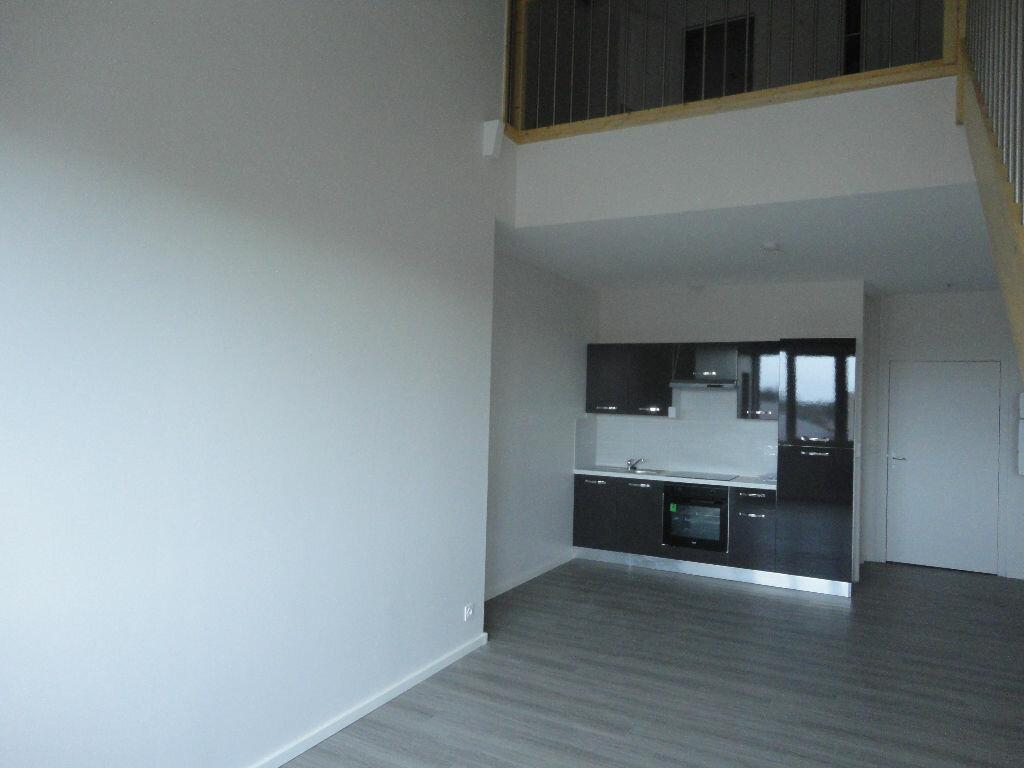 Appartement à louer 3 63.16m2 à Soustons vignette-4