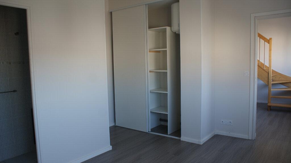 Appartement à louer 3 63.16m2 à Soustons vignette-6