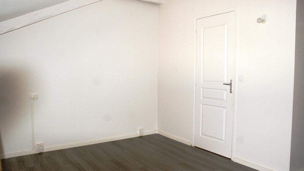 Appartement à louer 3 63.16m2 à Soustons vignette-7