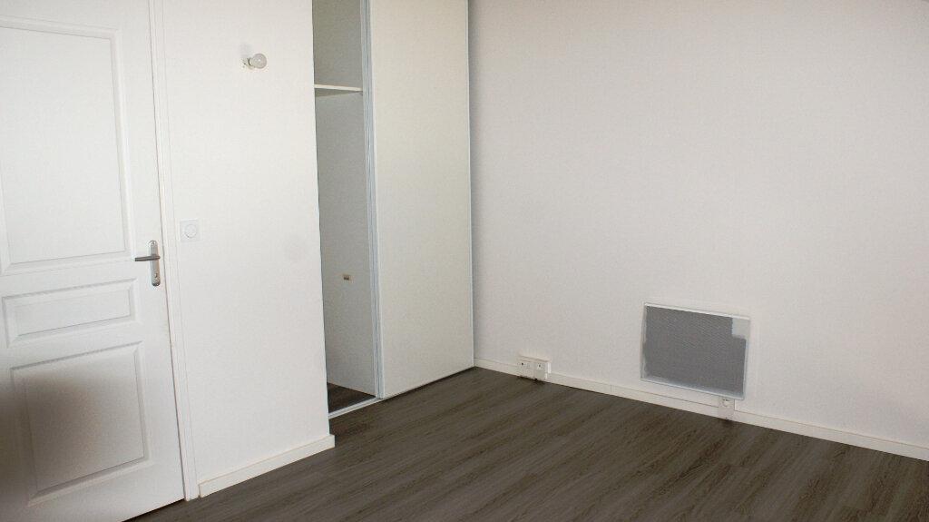 Appartement à louer 3 63.16m2 à Soustons vignette-8