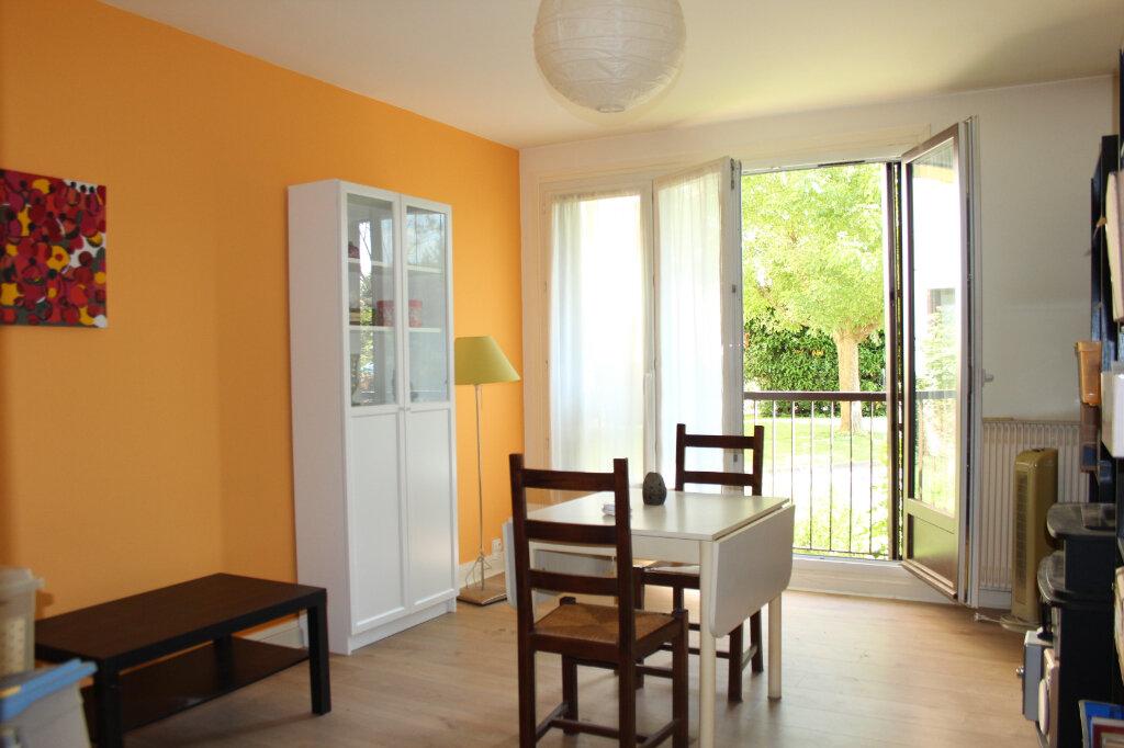 Appartement à vendre 2 46m2 à Fresnes vignette-1