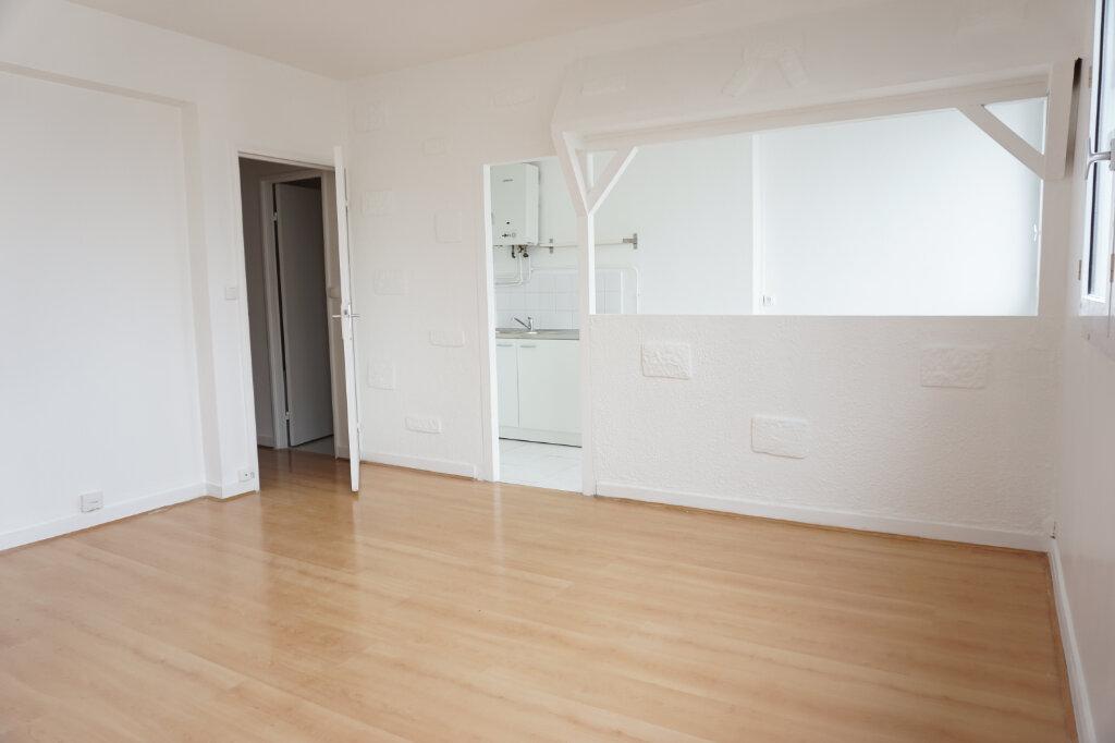 Appartement à louer 3 55m2 à L'Haÿ-les-Roses vignette-2