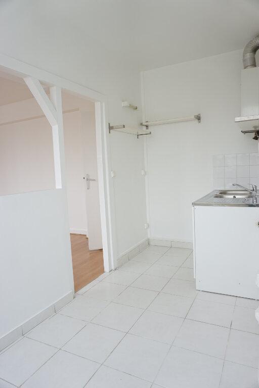 Appartement à louer 3 55m2 à L'Haÿ-les-Roses vignette-3