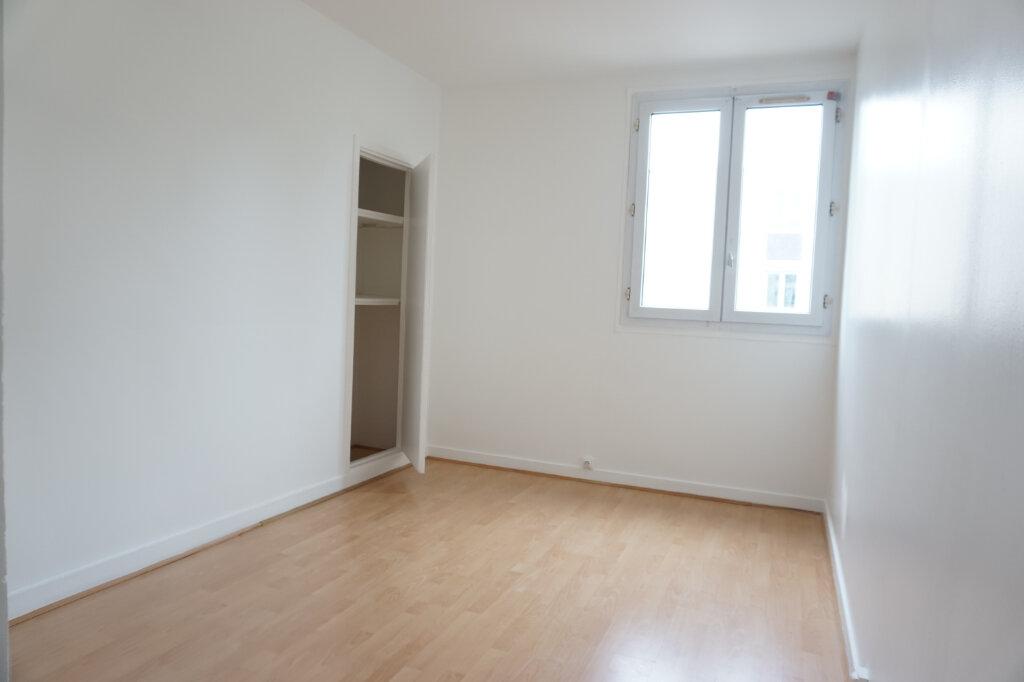 Appartement à louer 3 55m2 à L'Haÿ-les-Roses vignette-5