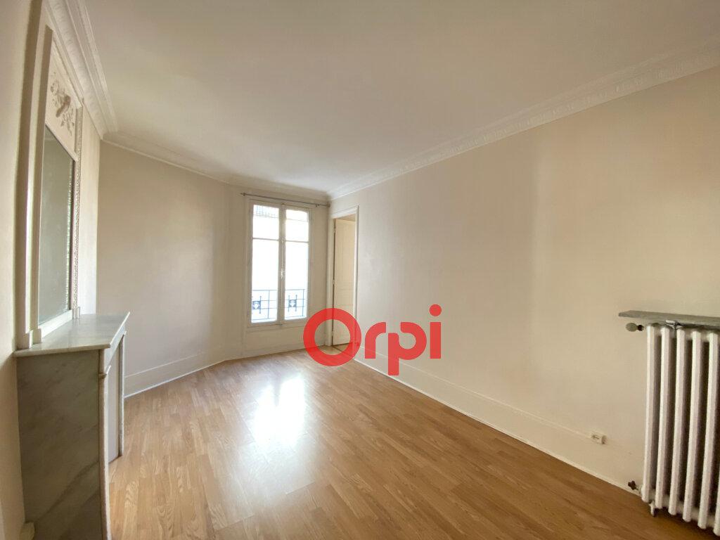 Appartement à vendre 4 72.57m2 à Paris 20 vignette-4