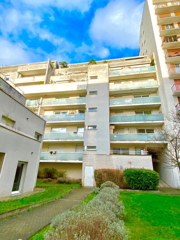 Appartement à vendre 2 49.4m2 à Paris 20 vignette-2