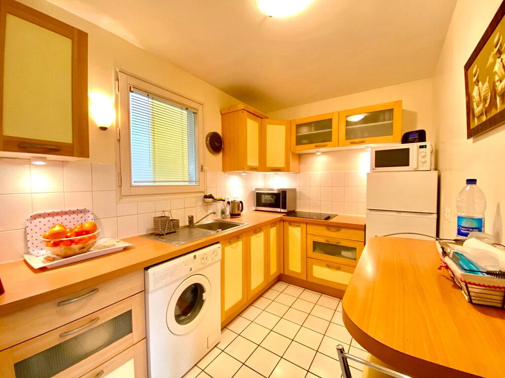 Appartement à vendre 2 49.4m2 à Paris 20 vignette-5
