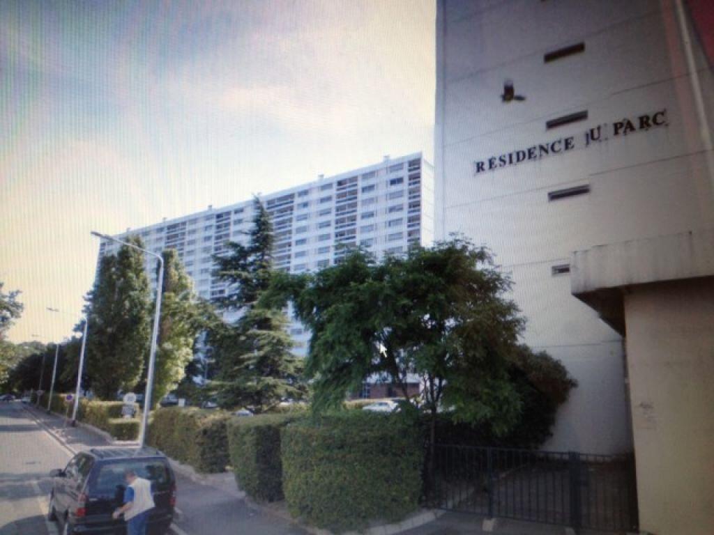 Appartement à vendre 3 76m2 à La Courneuve vignette-1