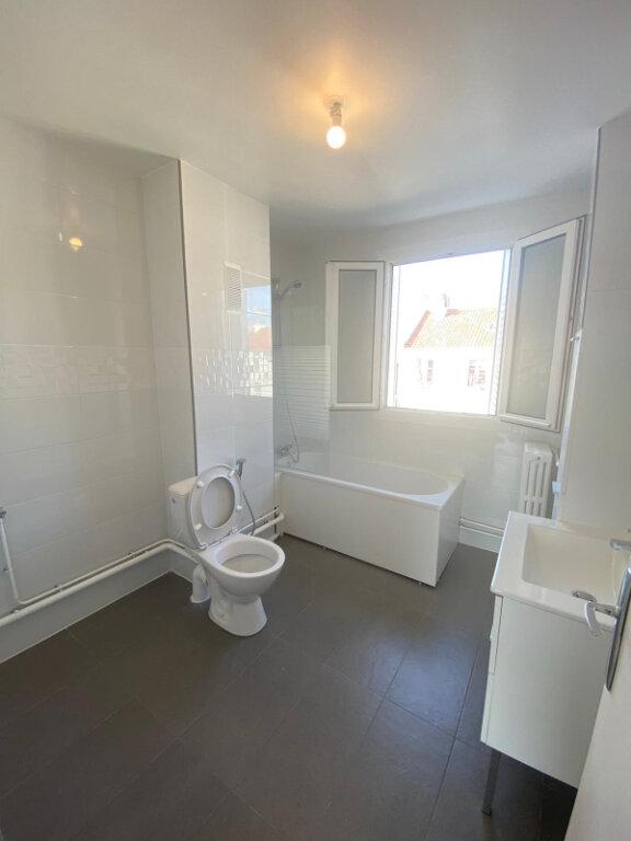 Appartement à louer 3 59.5m2 à Drancy vignette-6