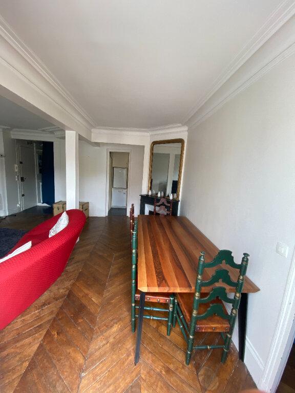 Appartement à louer 2 54m2 à Paris 10 vignette-2