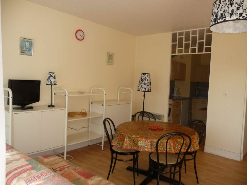 Appartement à louer 1 37.69m2 à Quiberon vignette-2