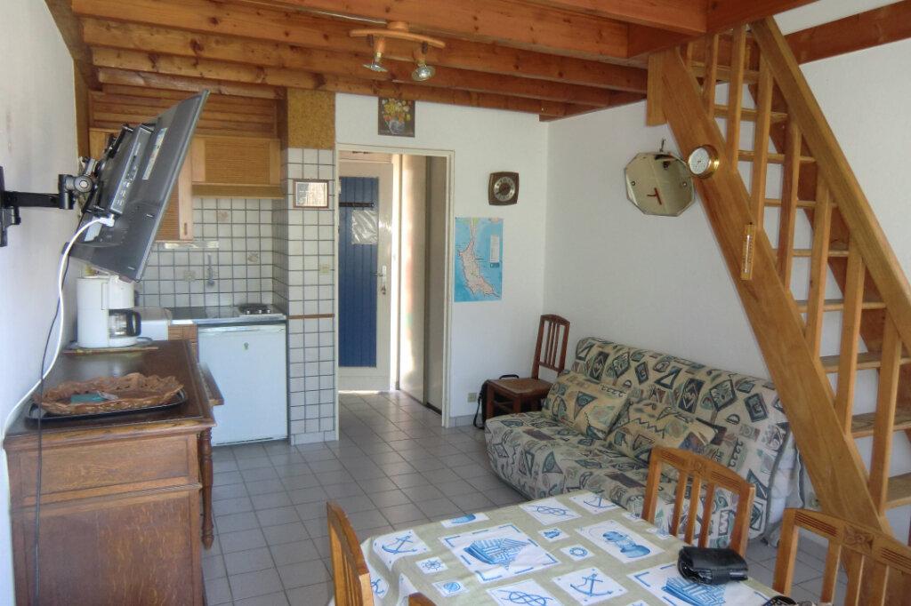 Appartement à vendre 1 24m2 à Saint-Pierre-Quiberon vignette-2
