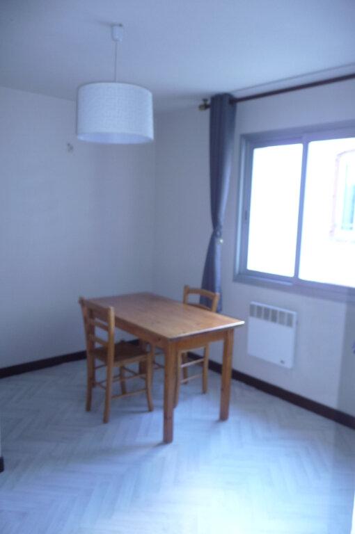 Appartement à louer 2 24.77m2 à Quiberon vignette-2
