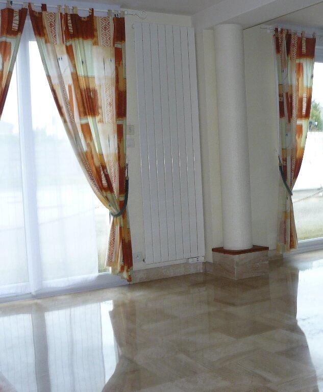 Maison à louer 6 127.66m2 à Quiberon vignette-4
