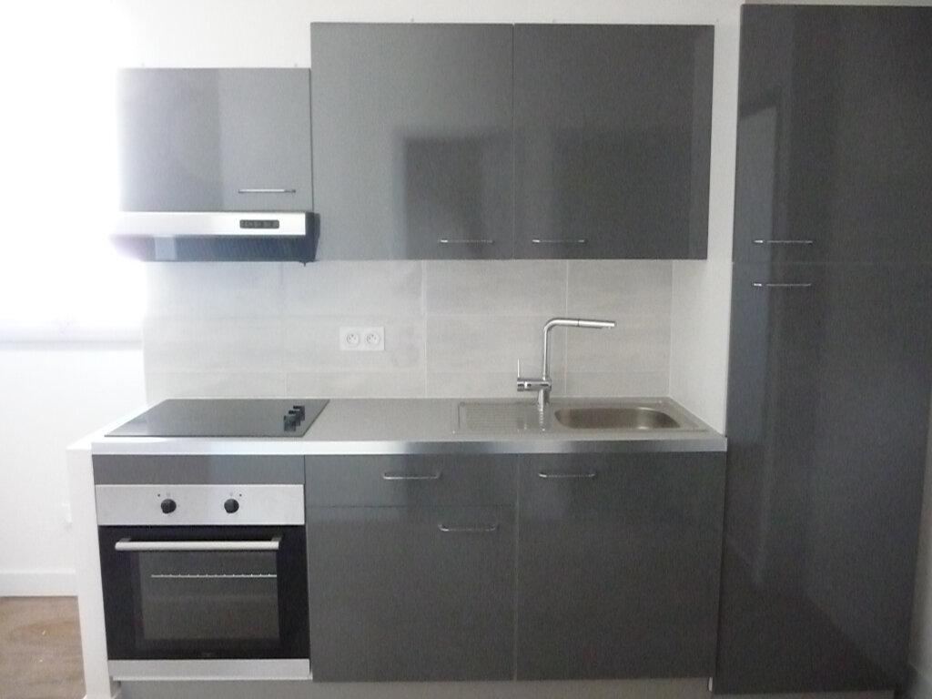 Appartement à louer 3 54.6m2 à Quiberon vignette-4