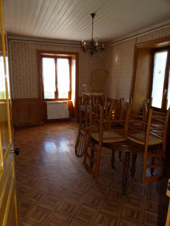Maison à louer 3 100m2 à Saint-Nizier-d'Azergues vignette-4