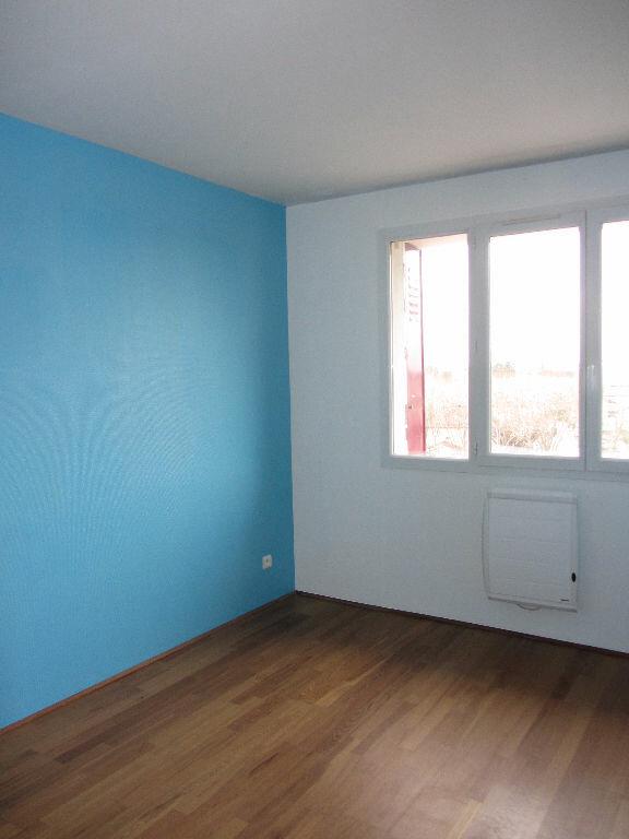 Appartement à louer 3 64.9m2 à Villefranche-sur-Saône vignette-4