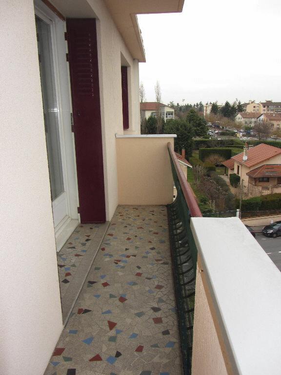 Appartement à louer 3 64.9m2 à Villefranche-sur-Saône vignette-6