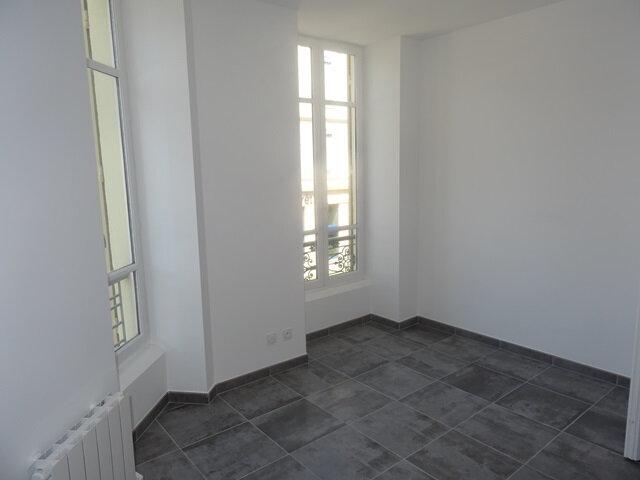 Appartement à louer 3 66m2 à Villefranche-sur-Saône vignette-6