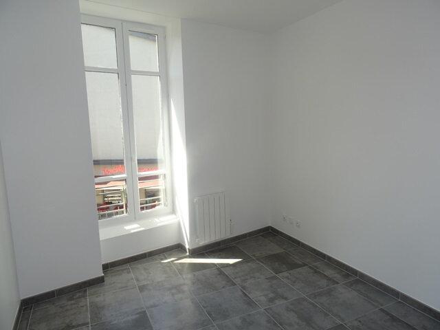 Appartement à louer 3 66m2 à Villefranche-sur-Saône vignette-7