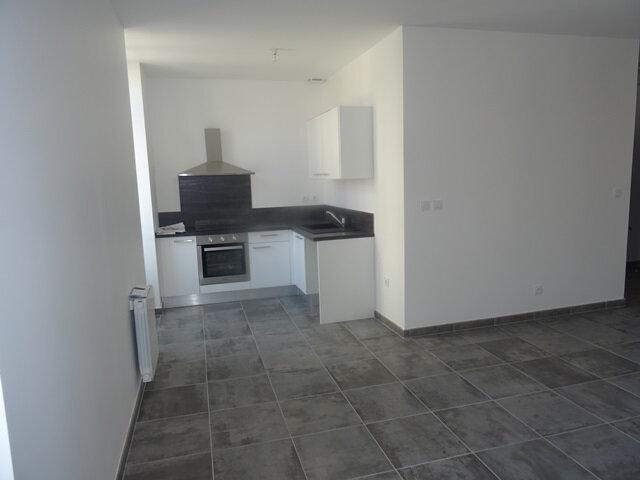 Appartement à louer 3 66m2 à Villefranche-sur-Saône vignette-8