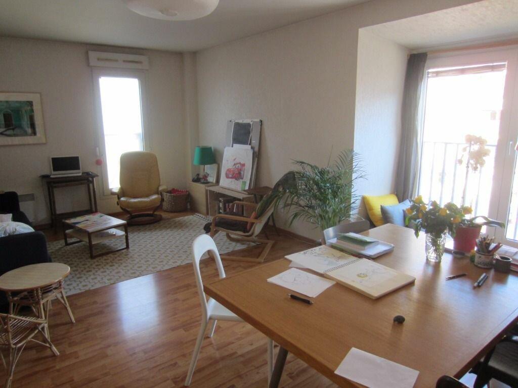 Appartement à louer 3 74.75m2 à Rouen vignette-2