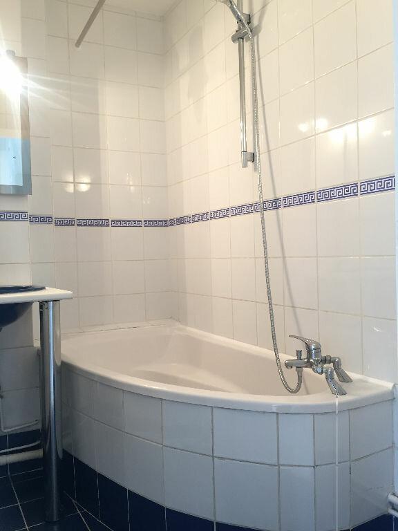Appartement à louer 3 57.61m2 à Rouen vignette-4