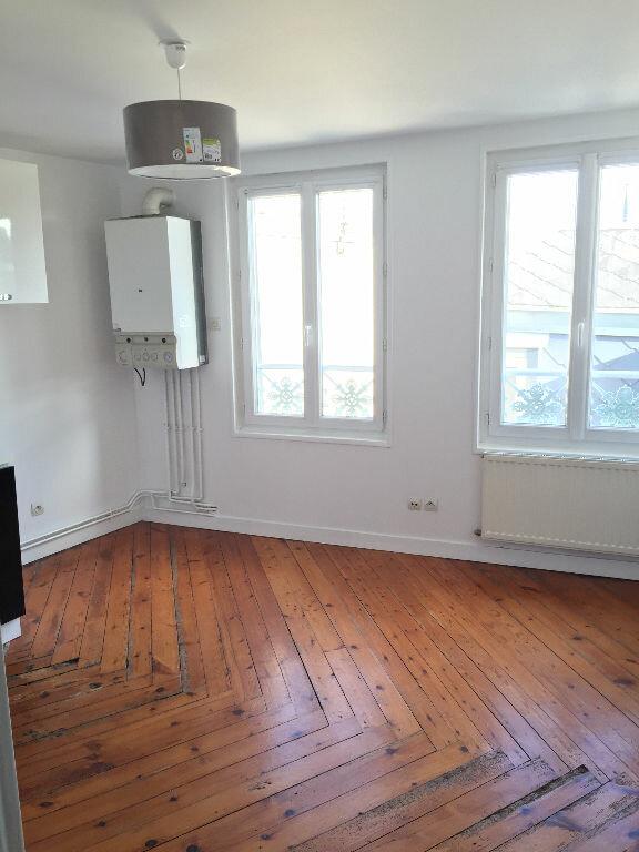 Appartement à louer 2 27.82m2 à Rouen vignette-1