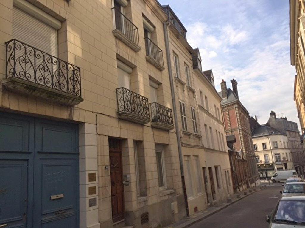 Appartement à louer 1 26.71m2 à Rouen vignette-1