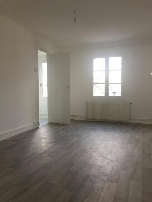 Appartement à louer 3 47m2 à Rouen vignette-3