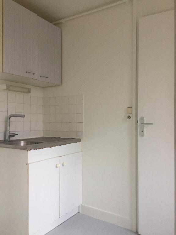Appartement à louer 3 47m2 à Rouen vignette-4
