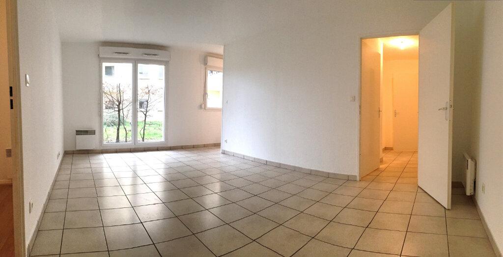 Appartement à louer 3 55.9m2 à Rouen vignette-8