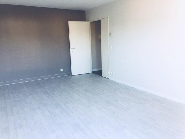 Appartement à vendre 3 60.8m2 à Rouen vignette-2