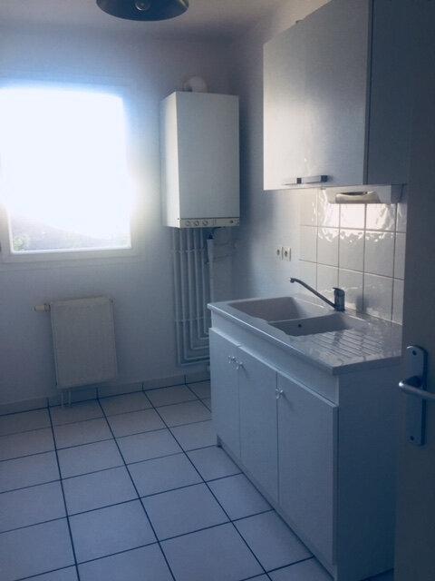 Appartement à vendre 3 60.8m2 à Rouen vignette-3