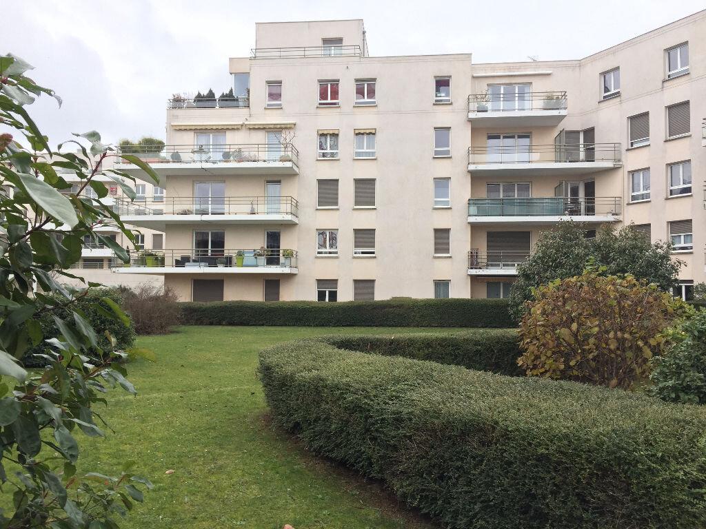 Appartement à louer 3 52.7m2 à Rouen vignette-1