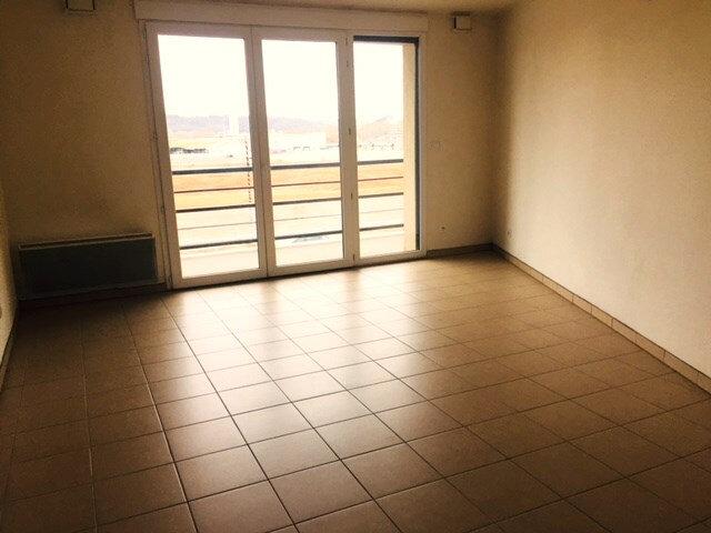 Appartement à louer 3 67.33m2 à Rouen vignette-2